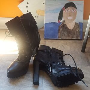 Dolce Vita Combat Style boots